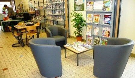 Bibliothèque Aigueblanche