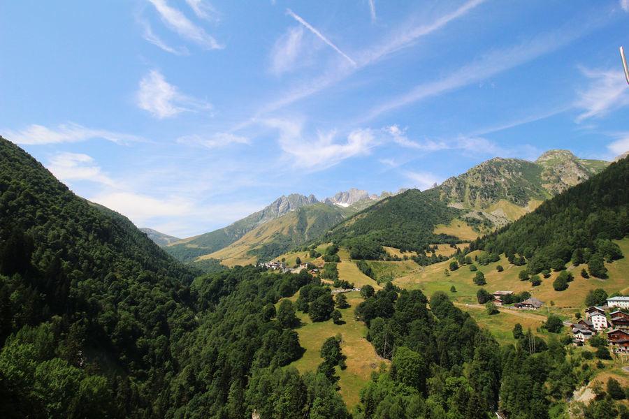 Vue de la boucle du Col de la Madeleine,